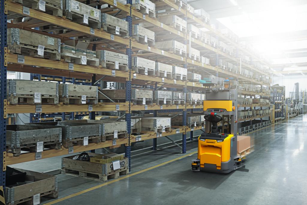 ¿Cómo automatizar el almcén? ehículo de guiado automático (AGV)